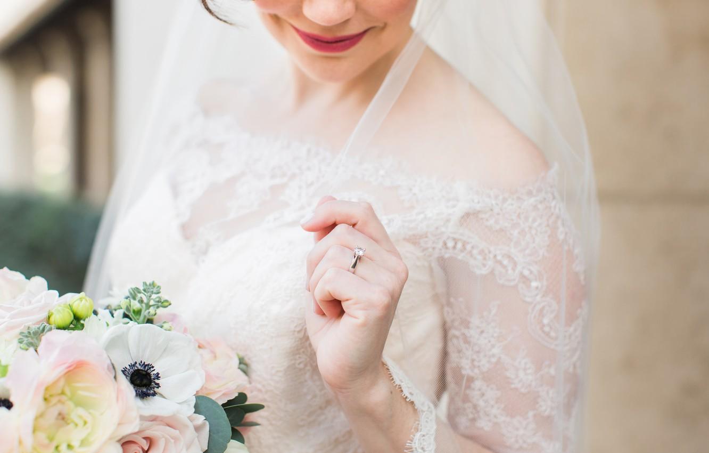Фото обои девушка, букет, кольцо, невеста