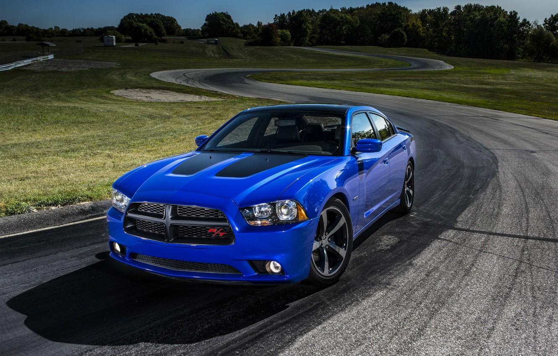 Фото обои синий, Dodge, седан, додж, Charger, трэк, Sedan, R/T, Muscle Car, Daytona, V-8