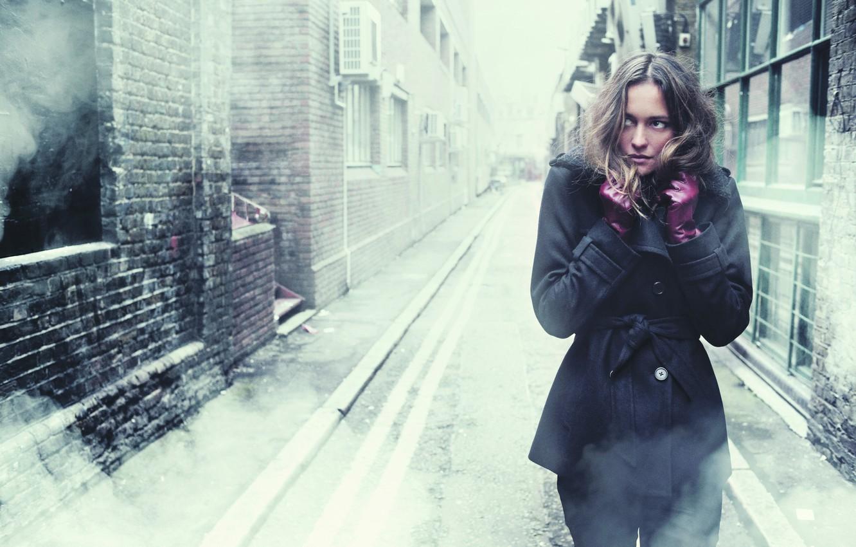Обои страх, Девочка, холод, одиночество, улица. Настроения foto 7