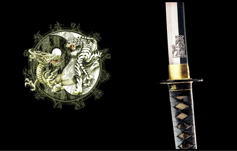 Фото обои тигр, дракон, катана, Япония, эмблема, черный фон, рукоятка, ин-янь