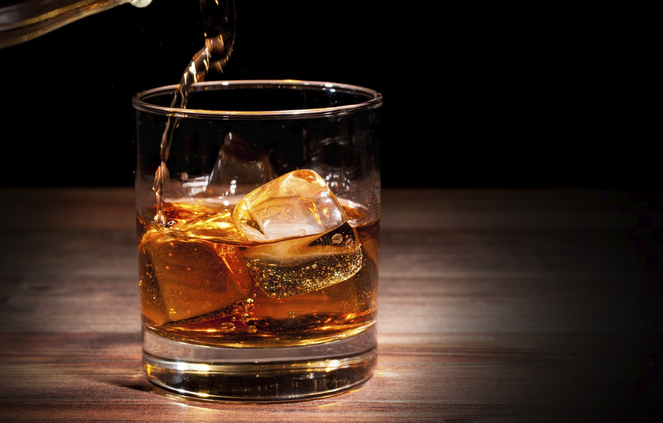 Фото обои glass, alcoholic beverage, serve ice