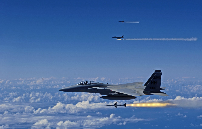 Обои Облака, полет, истребители. Авиация foto 8