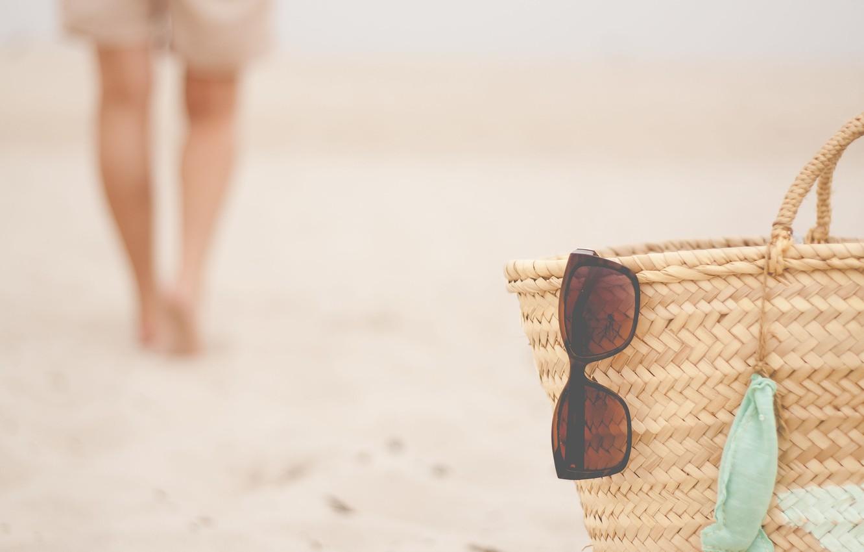 Фото обои summer, beach, glasses, basket, person