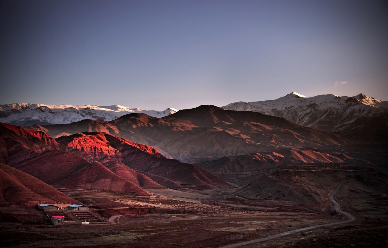 Фото обои дорога, горы, домики, Иран, Аламут