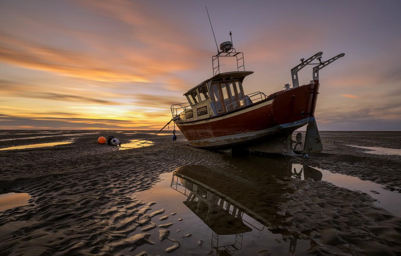 Фото обои пейзаж, закат, корабль, мель