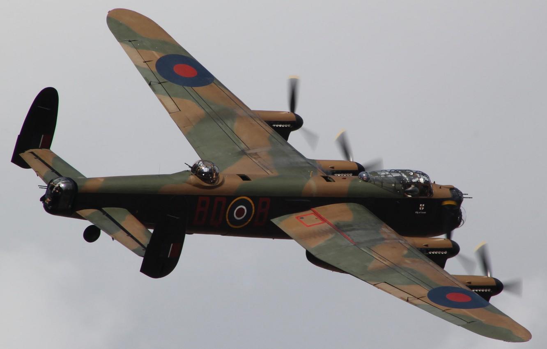 Обои avro lancaster, бомбардировщик, четырёхмоторный. Авиация foto 9