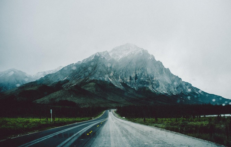 Фото обои дорога, гора, Аляска, Alaska, photographer, Matt Lief Anderson, Brooks Range, Брукс-Рейндж