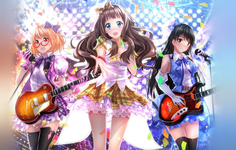 Фото обои взгляд, улыбка, девушки, крылья, гитары, аниме, арт, очки, микрофон, страж, anime, за гранью, платья, выступление, …