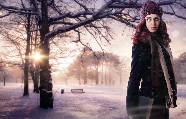 Фото обои зима, девушка, солнце, снег, деревья, природа, фон, фантастика, шапка, красота, шарф, книга, рыжая, скамья