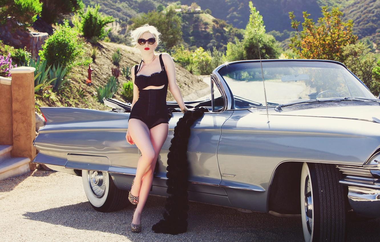Фото обои авто, девушка, очки, блондинка, кабриолет, ножки, sexy girl, Carissa White
