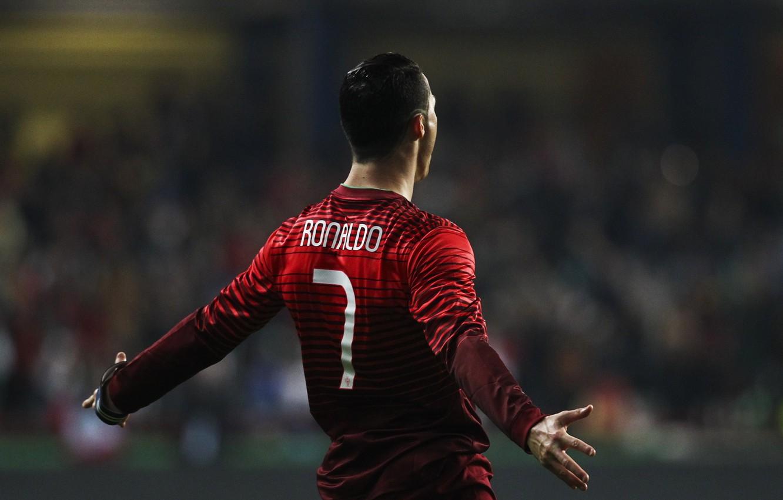 Обои Real madrid, ..., cristiano ronaldo, football, футболист, кристиано роналдо, форма, Португалия, игрок. Спорт foto 9