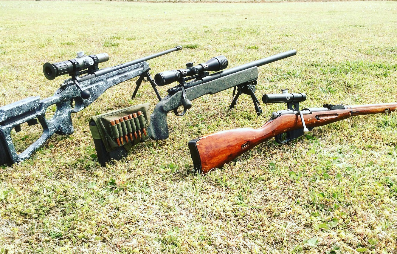 Фото обои трава, оружие, оптика, снайперские винтовки