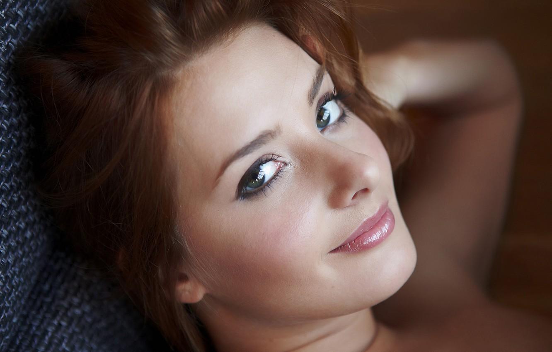 крупным планом девичье лицо смотреть онлайн имеешь виду