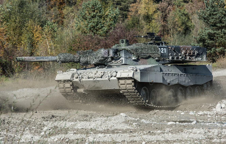 Фото обои танк, боевой, Leopard 2, маневры
