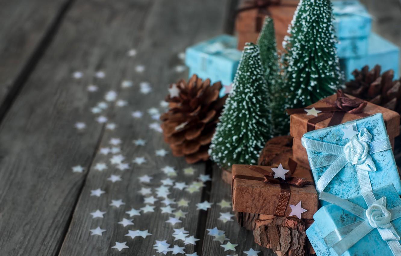 Фото обои елка, подарки, шишка, конфетти