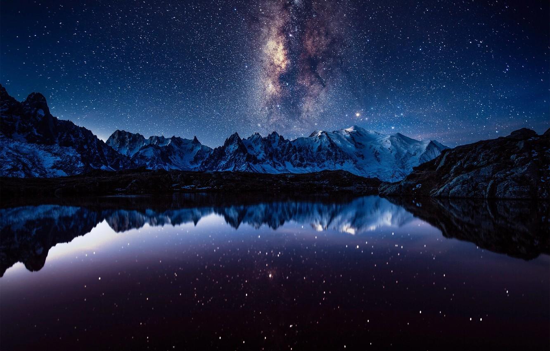 Фото обои небо, звезды, горы, ночь, млечный путь