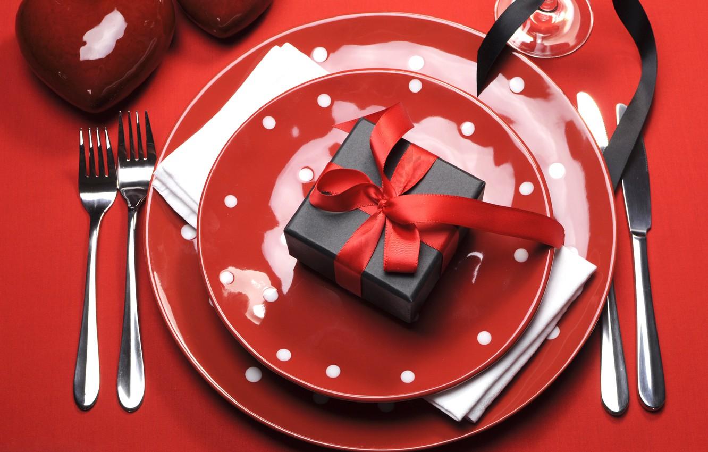 Фото обои plate, red, heart, romantic, сервировка