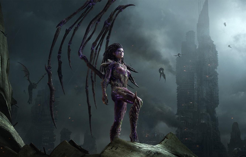 Фото обои город, крылья, StarCraft II, зерги, Sarah Kerrigan, Сара Керриган, Королева Клинков, Queen of Blades