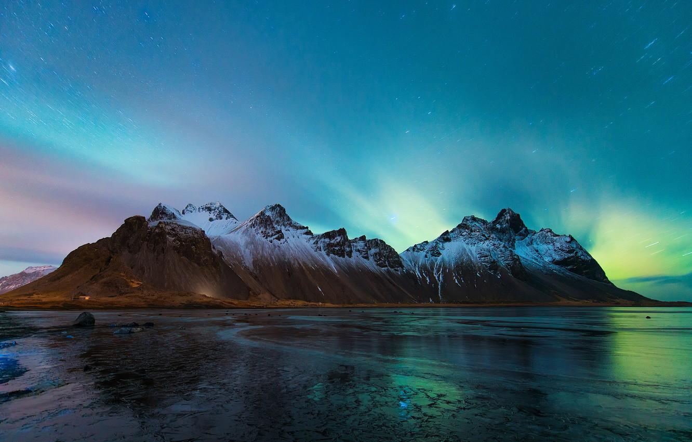 Фото обои пляж, небо, звезды, горы, ночь, берег, лёд, северное сияние, Исландия, Vestrahorn, Stockksness