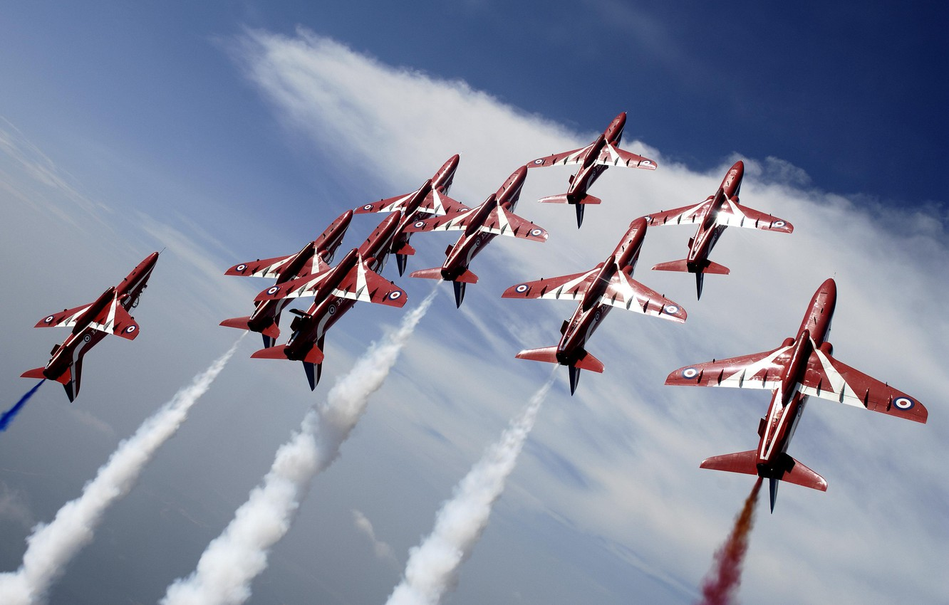 Фото обои Flying, Red Arrows, BaE Hawk, Aerobatic, Formation Flying