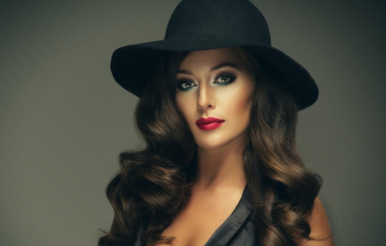 Красивая элегантная женщина картинка