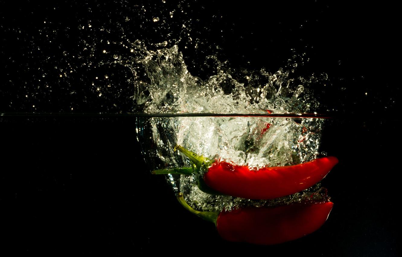 Фото обои вода, брызги, еда, всплеск, перец, овощи