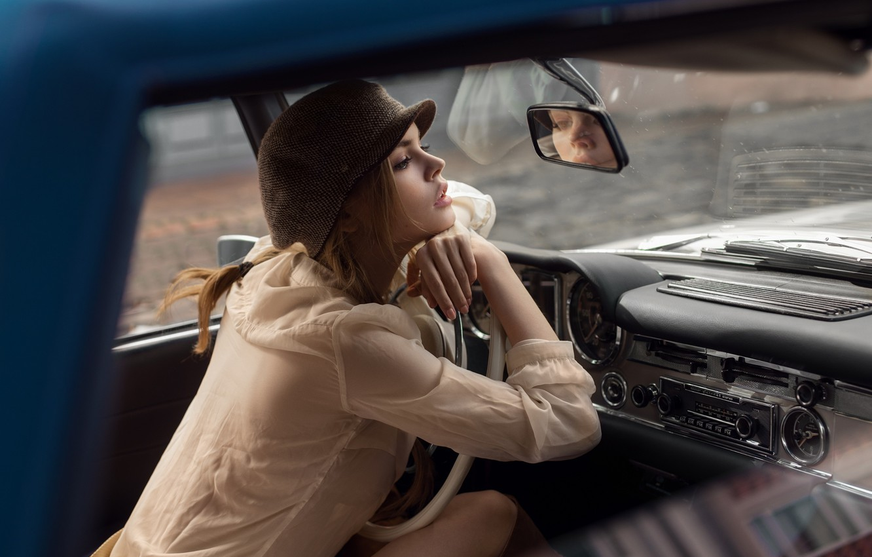 Фото обои машина, девушка, фотограф, кепка, салон, Maxim Guselnikov, Анастасия Щеглова
