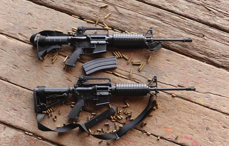 Фото обои доски, гильзы, автоматы, m4a1, штурмовые винтовки, м4а1