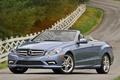 Картинка дорога, машины, дороги, мерседесы, mercedes benz e550 cabriolet