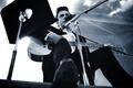 Картинка Johnny cash, певец, кантри, country, гитара, микрофон, костюм