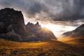 Картинка тучи, осень, горы, скалы, Юкон, закат