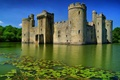 Картинка Лето, Озеро, Небо, Вода, Англия, Ров, Бодиам, Castle, Bodiam, Лес, Деревья, Башни, Замок