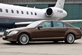 Картинка car, машина, S-class, car and plane, Mercedes, plane