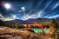 Картинка лучи, горы, canada, блик, деревья, banff national park, alberta, озеро, солнце, небо, Канада, облака