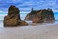 Картинка песок, море, небо, вода, скалы, берег, растительность