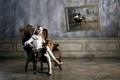 Картинка девочка, картина, кресло, собачка
