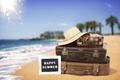 Картинка шляпа, vacation, beach, пляж, sea, песок, море, sand, чемодан, summer, лето