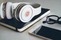 Картинка Apple, Наушники, Очки, Телефон, Hi-Tech, Iphone, Beats, Phone, Инновации, By Dr. Dre