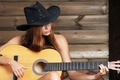 Картинка шляпа, гитара, девушка, музыка