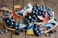 Картинка красный, черника, листья, ягоды, натюрморт, осень, урожай, Anna Verdina, виноград, ежевика