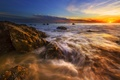 Картинка море, рассвет, пляж, камни, солнце