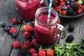 Картинка банка, сок, черника, ягоды, малина, еда, ежевика, клубника