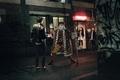 Картинка Ночь, неон, улица, карты, странно