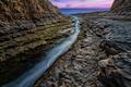 Картинка вода, закат, камни, океан, скалы, Калифорния, трещина