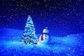 Картинка снеговик, подарки, праздник, снег, зима, игрушки, снежинки, елка, ночь, Новый год