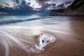 Картинка глянец, пляж, пена, песок, камень, море, вода, океан, небо, скалы