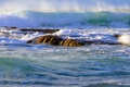 Картинка море, волны, шторм, небо, камни, брызги