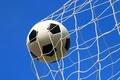 Картинка небо, сетка, футбол, мяч, гол