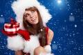 Картинка Sweet present, новый год, девушка, красивый, подарок, снежинки