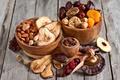 Картинка финики, инжир, миндаль, сухофрукты, яблоко, курага, груша, изюм, вишня